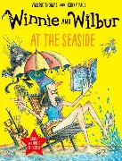 Cover-Bild zu Thomas, Valerie: Winnie and Wilbur at the Seaside with audio CD