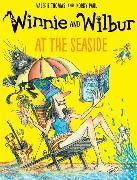 Cover-Bild zu Thomas, Valerie: Winnie and Wilbur at the Seaside