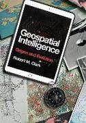 Cover-Bild zu Geospatial Intelligence (eBook) von Clark, Robert M.