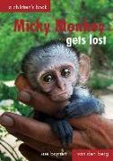 Cover-Bild zu Barnett, Susan: Micky Monkey Gets Lost: A Children's Book