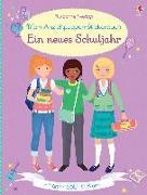 Cover-Bild zu Mein Anziehpuppen-Stickerbuch: Ein neues Schuljahr von Watt, Fiona