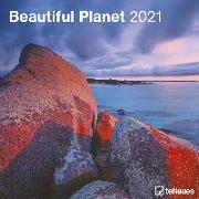 Cover-Bild zu teNeues Calendars & Stationery GmbH & Co. KG: Beautiful Planet 2021 - Wand-Kalender - Broschüren-Kalender - 30x30 - 30x60 geöffnet - Foto-Kalender