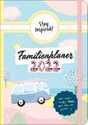 Cover-Bild zu Familienplaner 2022 Hardcover mit 5 Spalten für bis zu 5 Personen in DIN A5. Familienkalender 2021 mit Extra-Seiten für viel Platz zur Essensplanung, ToDo-Listen, Notizen und Monatsübersicht von Wirth, Lisa