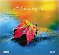 Cover-Bild zu DUMONT Kalender (Hrsg.): Achtsamkeit 2022 - DUMONT Wandkalender - mit den wichtigsten Feiertagen - Format 38,0 x 35,5 cm