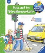 Cover-Bild zu Pass auf im Strassenverkehr von Weinhold, Angela