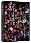 Cover-Bild zu Ottolenghi, Yotam: Ottolenghi Flavor: A Cookbook