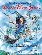 Cover-Bild zu Thomas, . Valerie: Winnie Flies Again: Storybook (with Activity Booklet) - Winnie Flies Again