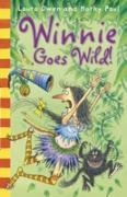Cover-Bild zu Paul, Korky (Illustr.): Winnie and Wilbur Winnie Goes Wild (eBook)
