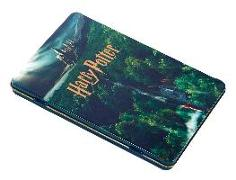 Cover-Bild zu Harry Potter: Hogwarts Concept Art Postcard Tin Set von Insight Editions
