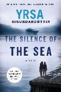 Cover-Bild zu Sigurdardottir, Yrsa: The Silence of the Sea: A Thriller