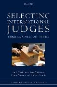 Cover-Bild zu Mackenzie, Ruth: Selecting International Judges