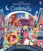 Cover-Bild zu Peep Inside a Fairy Tale Cinderella von Milbourne, Anna