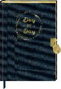 Cover-Bild zu Tagebuch mit Schloss - BücherLiebe