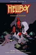 Cover-Bild zu Mignola, Mike: Hellboy Omnibus Volume 2: Strange Places