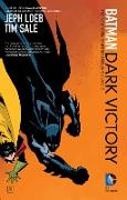 Cover-Bild zu Loeb, Jeph: Batman: Dark Victory (new edition)