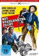 Cover-Bild zu Mit stahlharter Faust von Kirk Douglas (Schausp.)