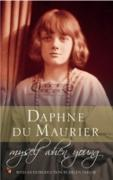 Cover-Bild zu Du Maurier, Daphne: Myself When Young (eBook)