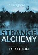 Cover-Bild zu Bond, Gwenda: Strange Alchemy