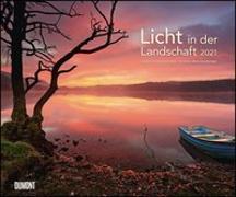 Cover-Bild zu Licht in der Landschaft 2021 - Wandkalender 58,4 x 48,5 cm - Spiralbindung von Dumont Kalenderverlag (Hrsg.)
