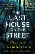 Cover-Bild zu The Last House on the Street: The brand new page-turner from the Sunday Times bestselling author (eBook)