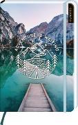 Cover-Bild zu myNOTES Notizbuch A5: Adventure is waiting - notebook medium, dotted - für Träume, Pläne und Ideen / ideal als Bullet Journal oder Tagebuch