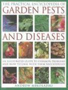 Cover-Bild zu Mikolajski, Andrew: Practical Encyclopedia of Garden Pests and Diseases