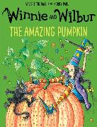 Cover-Bild zu Thomas, Valerie: Winnie and Wilbur: The Amazing Pumpkin