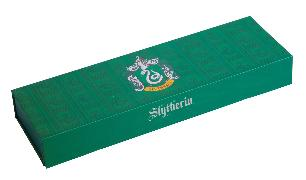 Cover-Bild zu Insight Editions: Harry Potter: Slytherin Magnetic Pencil Box