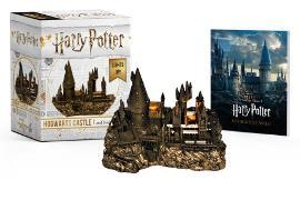 Cover-Bild zu Press, Running: Harry Potter Hogwarts Castle and Sticker Book
