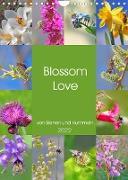 Cover-Bild zu VogtArt: Blossom Love, von Bienen und Hummeln (Wandkalender 2022 DIN A4 hoch)