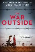 Cover-Bild zu Hesse, Monica: The War Outside