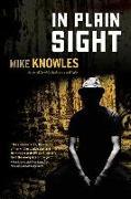 Cover-Bild zu In Plain Sight von Knowles, Mike