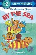 Cover-Bild zu The Berenstain Bears by the Sea von Berenstain, Stan