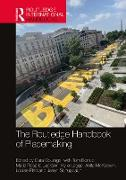 Cover-Bild zu The Routledge Handbook of Placemaking (eBook) von Courage, Cara (Hrsg.)