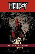 Cover-Bild zu Mignola, Mike: Hellboy Volume 12: The Storm and the Fury