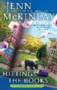 Cover-Bild zu Hitting the Books (eBook) von Mckinlay, Jenn
