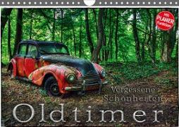 Cover-Bild zu Oldtimer - Vergessene Schönheiten (Wandkalender 2021 DIN A4 quer) von Adams, Heribert