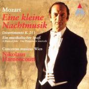 Cover-Bild zu Harnoncourt, Nikolaus: Eine Kleine Nachtmusik