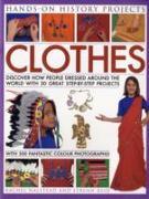 Cover-Bild zu Clothes von Halstead, Rachel