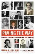 Cover-Bild zu Kay, Herma Hill: Paving the Way