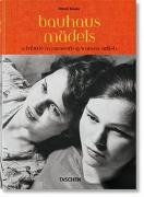Cover-Bild zu Bauhausmädels. A Tribute to Pioneering Women Artists von Rössler, Patrick