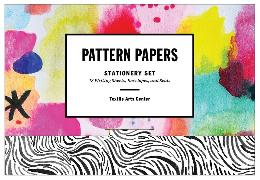 Cover-Bild zu Textile Arts Center: Pattern Papers Stationery Set: 18 Writing Sheets, Envelopes, and Seals [With Envelope and Seals and 18 Writing Sheets]