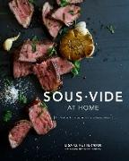 Cover-Bild zu Sous Vide at Home von Fetterman, Lisa Q.