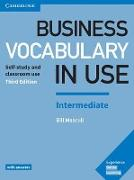 Cover-Bild zu Business Vocabulary in Use: Intermediate Book with Answers von Mascull, Bill