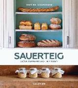 Cover-Bild zu Goernemann, Martina: Sauerteig - Glück vermehrt sich in 4 Tagen. Brot backen mit Achtsamkeit, Entschleunigung und entspannten Bäckern rund um die Welt. Mit vielen Original-Rezepten