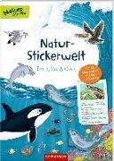 Cover-Bild zu Natur-Stickerwelt: Tiere in Meer und Ozean von Warnecke, Ruby Anna (Illustr.)