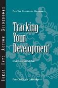 Cover-Bild zu Tracking Your Development von Hannum, Kelly
