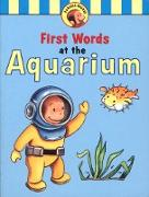 Cover-Bild zu Curious George's First Words at the Aquarium (Read-aloud) (eBook) von Rey, H. A.