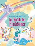 Cover-Bild zu Watt, Fiona: Mein funkelndes Stickerbuch: Im Reich der Einhörner