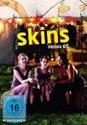 Cover-Bild zu Skins von Elsley, Bryan